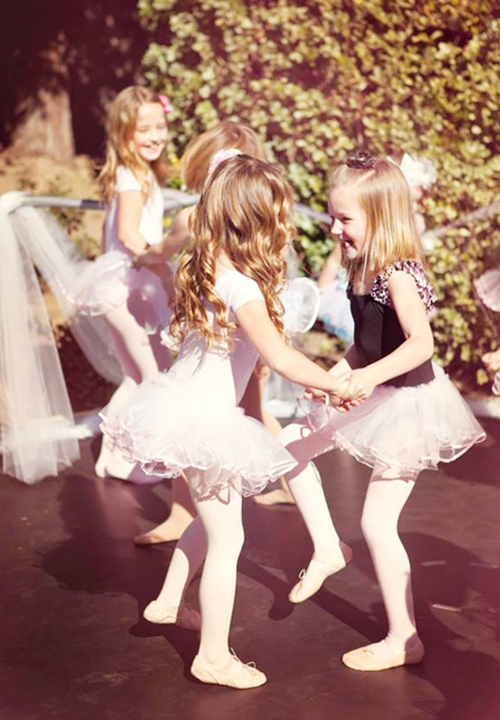 Family Party Games >> Ballerina & Dance Parties Perth | Encore Kids Parties